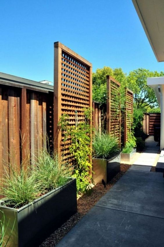 fence landscaping ideas 15