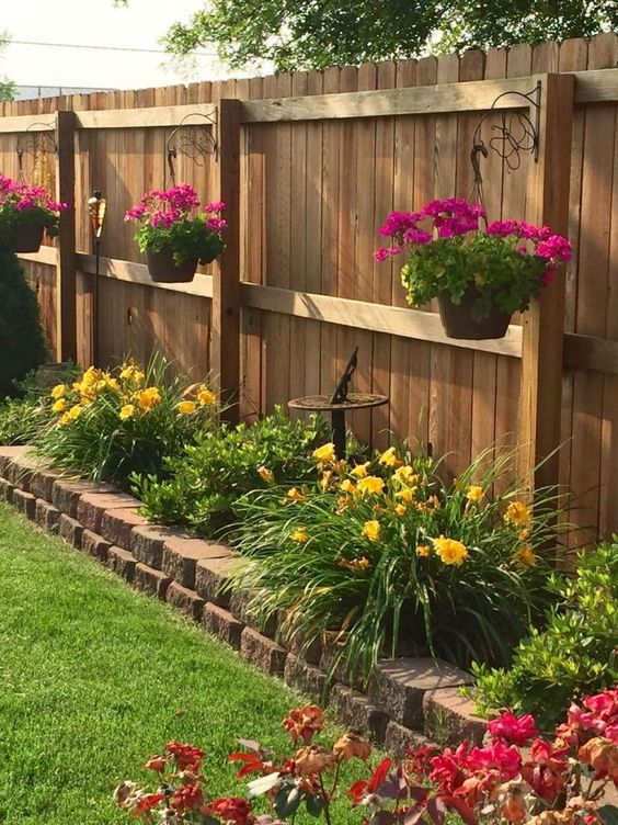 fence landscaping ideas 8
