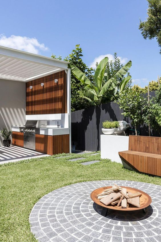 modern backyard ideas 25