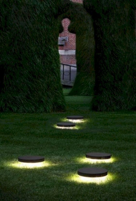 backyard lighting ideas 23