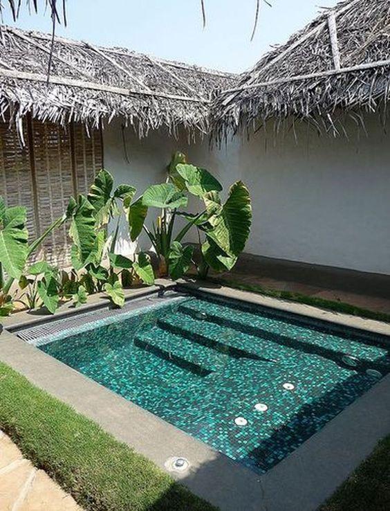 Amazing Swimming Pool: Earthy Modern Decor
