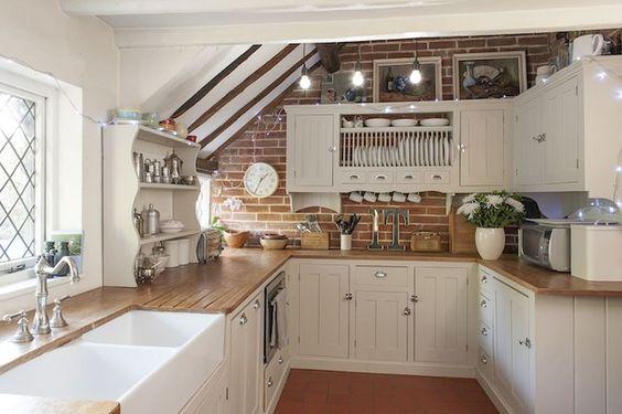 farmhouse kitchen ideas 23