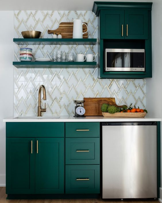 green kitchen ideas 12