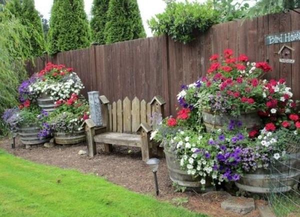 25+ Enchanting DIY Rustic Backyard Ideas for Unique ... on Rustic Backyard Ideas id=71912