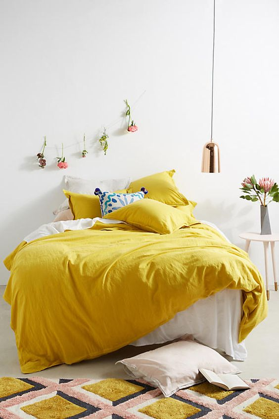 yellow bedroom ideas 7