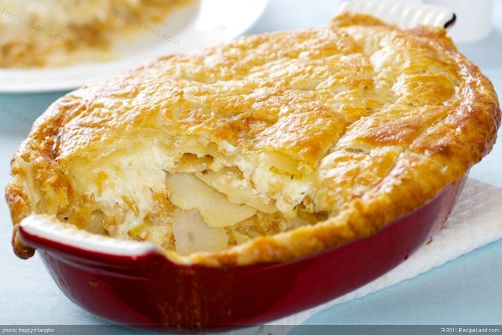 Cheese Onion Leek and Potato Pie Recipe