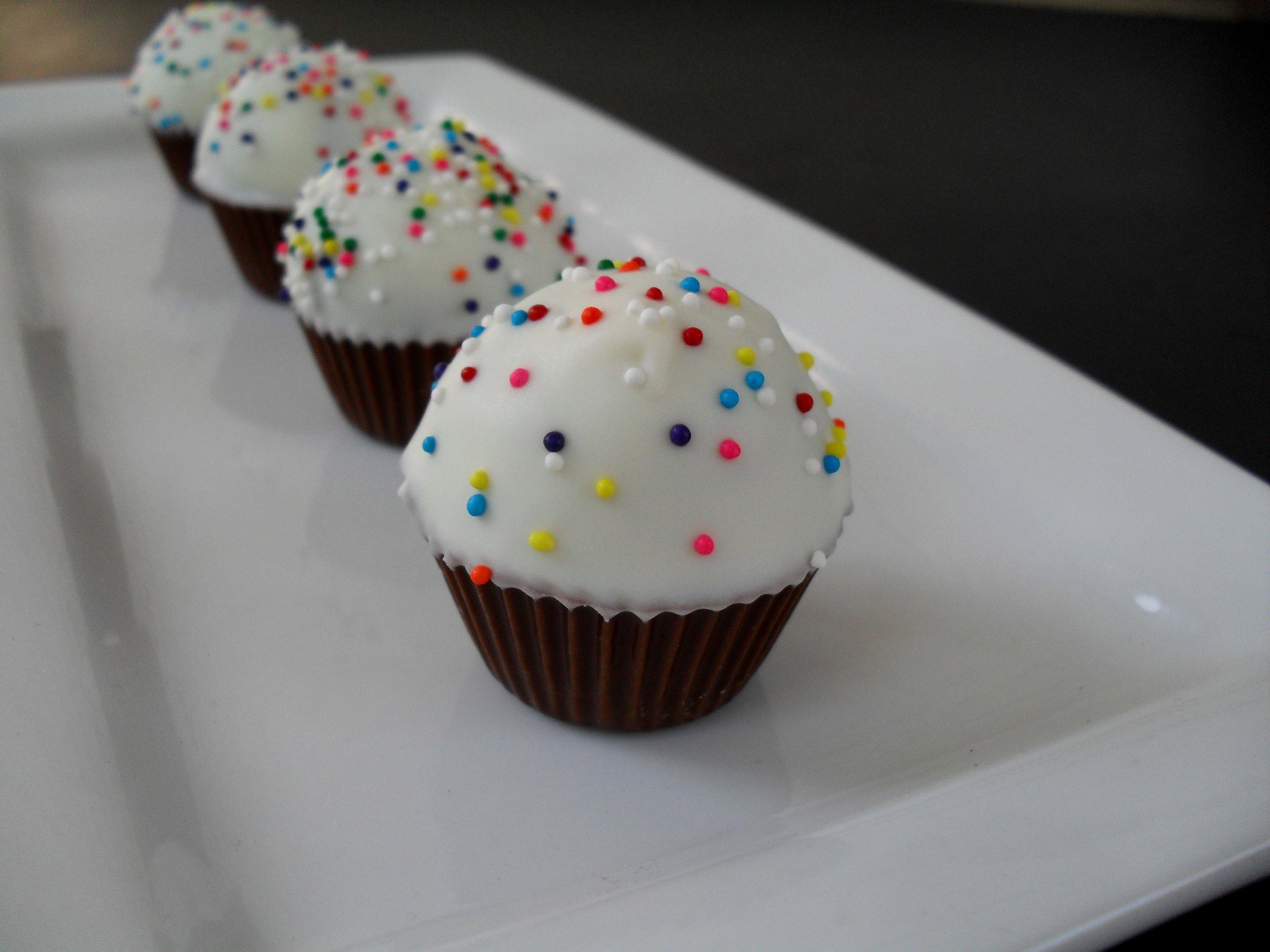 Cake Pops, Balls, & Truffles: Troubleshooting & FAQ
