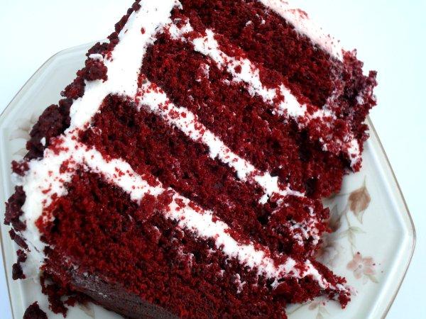 Red Velvet Cake Veronica' Cornucopia