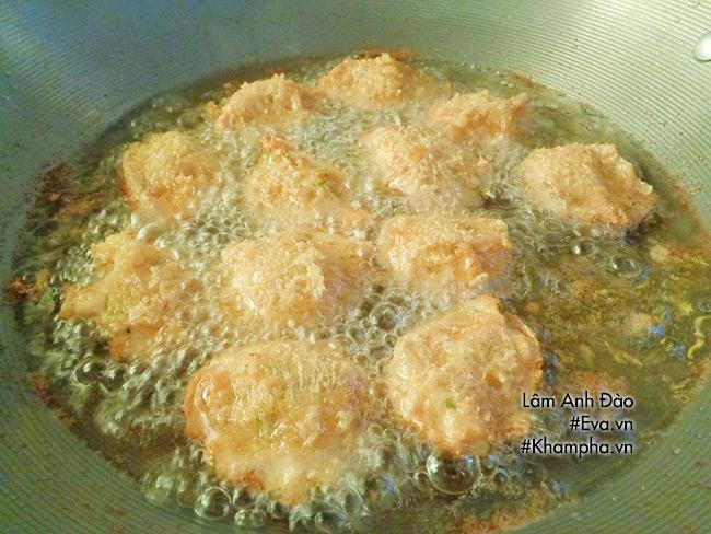 Mẹ làm đậu hũ nhồi thịt chiên giòn, nhìn thôi đã 'chảy nước miếng' - 8