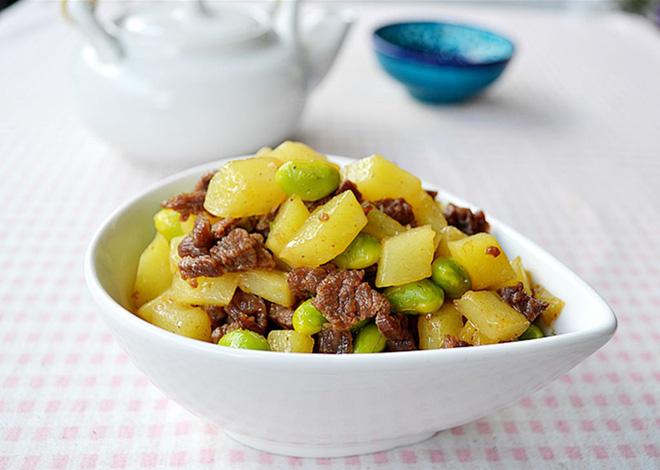 Bò xào khoai tây - giản dị mà ngon cơm - Ảnh 4.