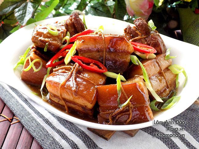 Thịt kho Đông Pha nóng hổi, mềm tan trong miệng - 7