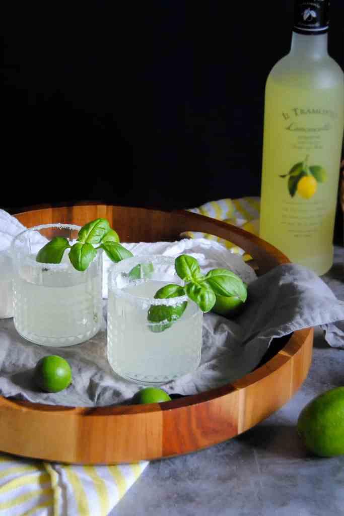 Refreshing Limoncello Cocktail