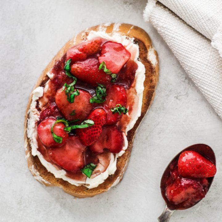 Balsamic Strawberry Toast