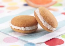 Mini Cookies with Grapefruit Cream Cheese Filling