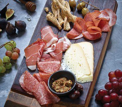 Prepare An Authentic Charcuterie Party Platter | RecipesNow!