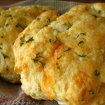 Red Lobster type Cheddar Bay Biscuits