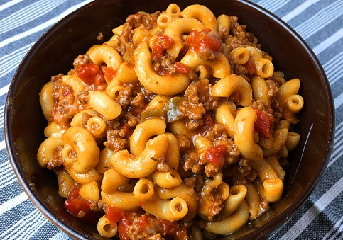10 EASY DINNER RECIPES WITH GROUND BEEF FAMILIES MEALS