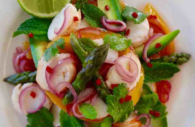 thai mango and lobster salad