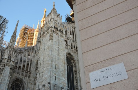 Façade de la majestueuse Duomo de Milan, Italie