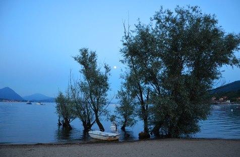 Coucher de soleil sur le lac Majeur, Italie