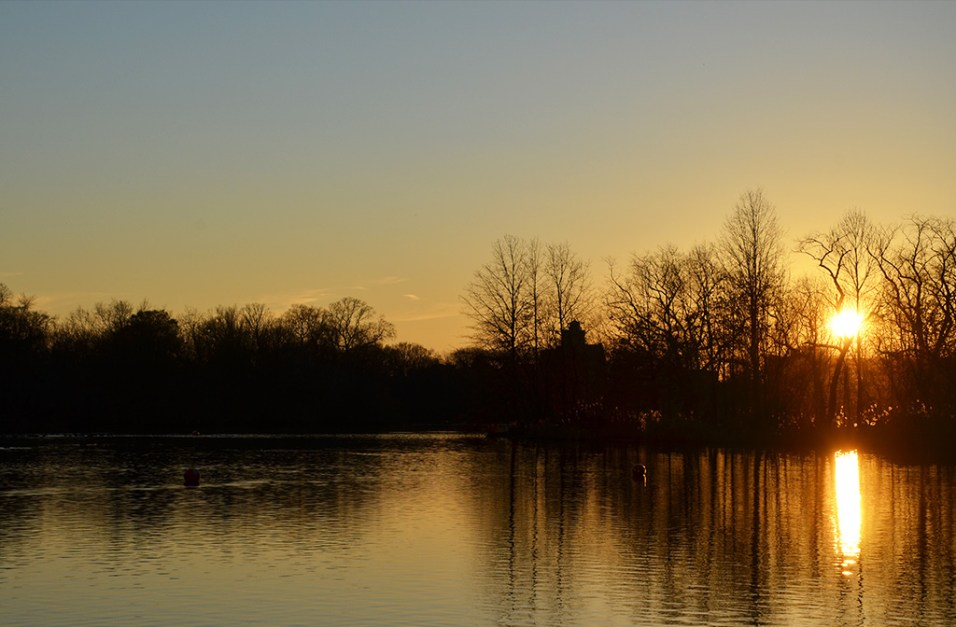 Coucher de soleil sur le lac de Prospect Park, Brooklyn