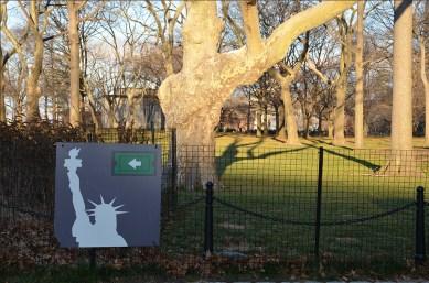 Panneau de la Statue de la Liberté depuis Battery Park, New York