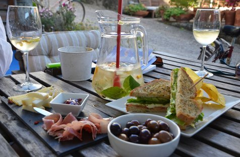 Table d'apéritifs, Porto