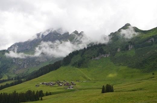 Vue sur les alpages Suisses