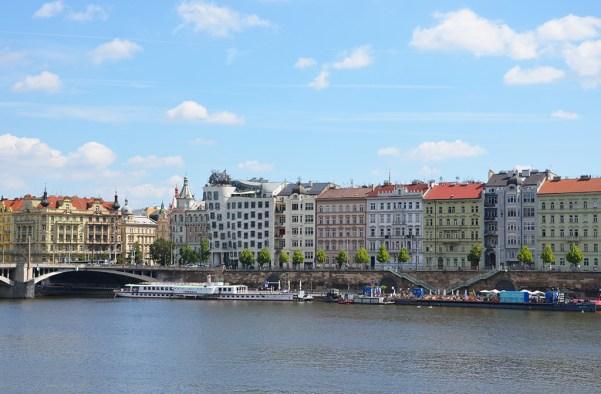 Magnifique vue sur la Vltava de Prague