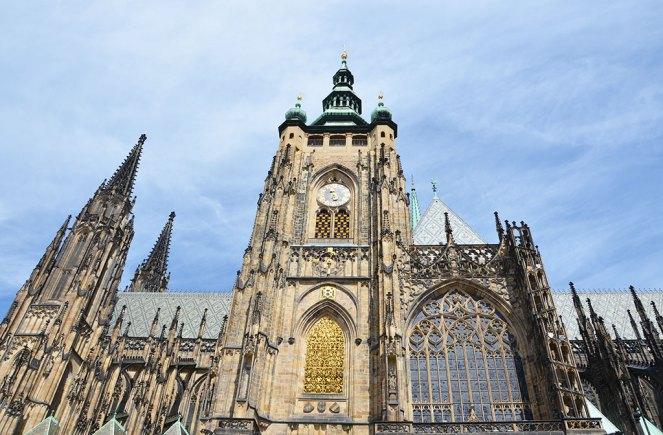 Vue extérieure de l'église du château de Prague