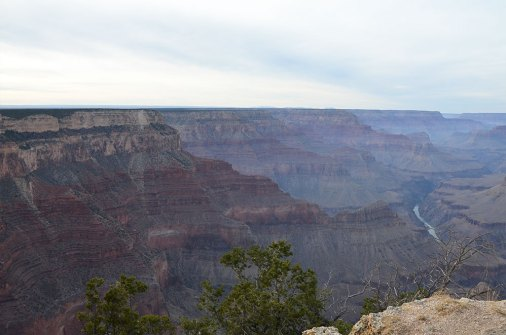 Vue sur le Colorado et le Grand Canyon depuis le Mohave Point