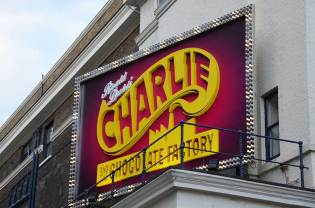 Charlie et la Chocolaterie, Music Hall, Londres