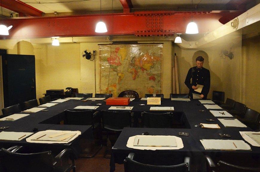 Salle de réunion du bunker des Churchill War Rooms, Londres