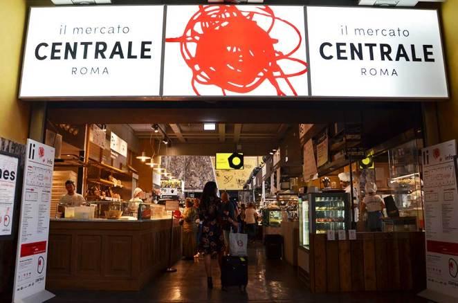 Entrée du mercado central termini, Rome, Italie