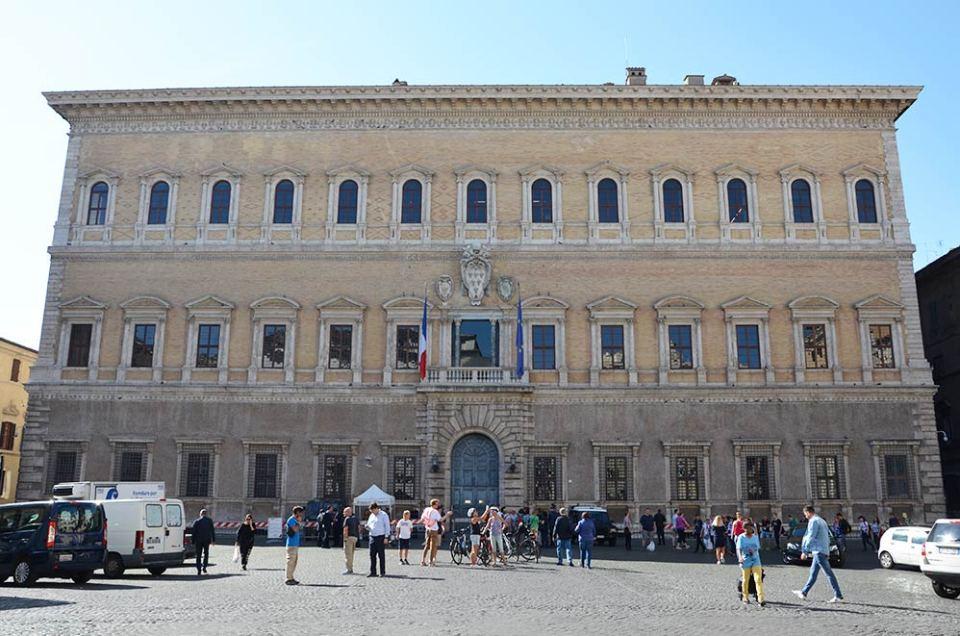 Façade du Palais Farnese, Rome, Italie
