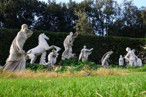 Sculptures dans les jardins de la Villa Medicis, Rome, Italie