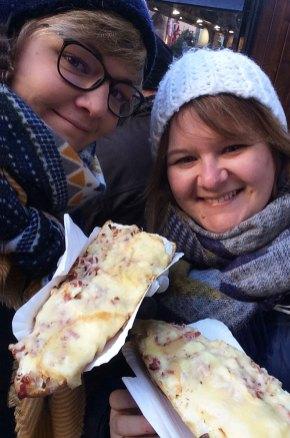 Déjeuner calorique des 2 blogueuses de récits d'escapades à Riquevihr, Alsace