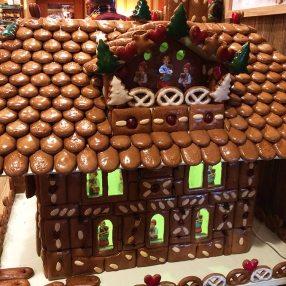 Maison de pain d'épices, magasin Riquevihr, Alsace