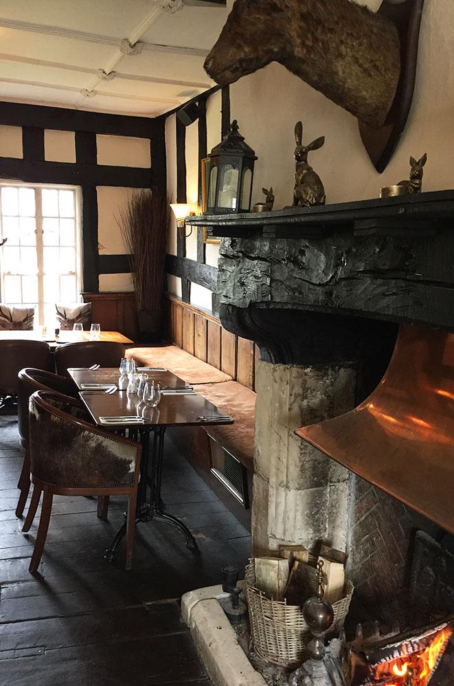 Déjeuner à Salisbury, campagne anglaise, Royaume-Uni