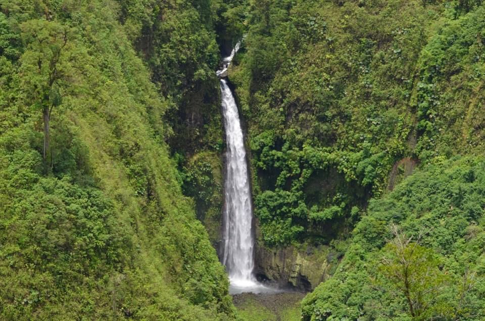 Cascade de San Fernando au Costa Rica