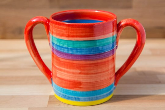 Double handle pint mug in red