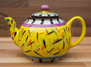 Splash small teapot in Yellow