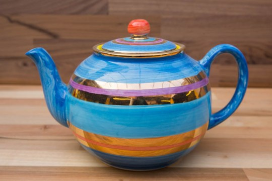 Lustre Horizontal large Teapot in No.01