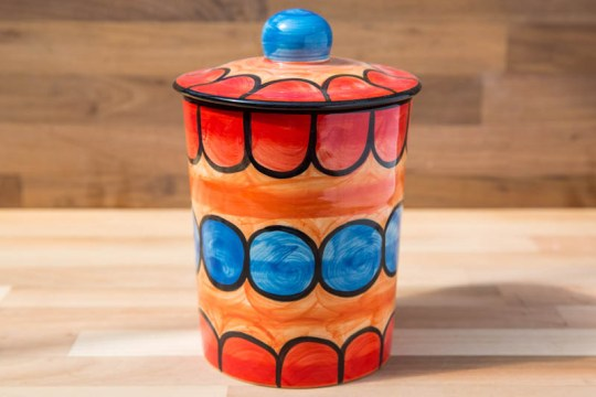 Fruity tea caddy in Red