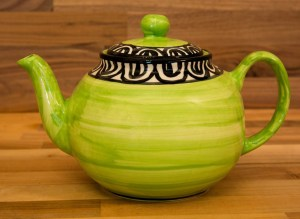 Aztec extra large Teapot in Lime Green