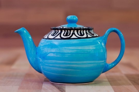 Aztec medium teapot in bright blue