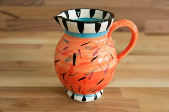 Splash medium jug in orange