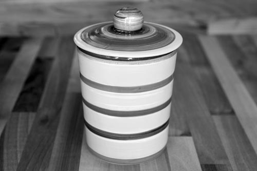 Vertical Stripey storage jar in Red