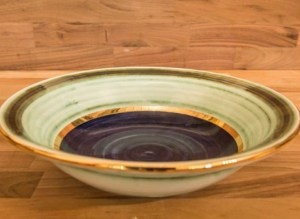 gold-lustre-bowl