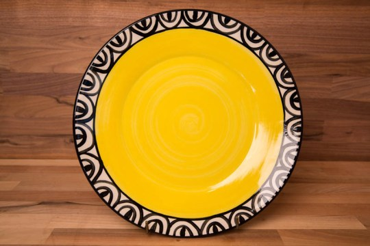 Aztec 11″ dinner plate in yellow